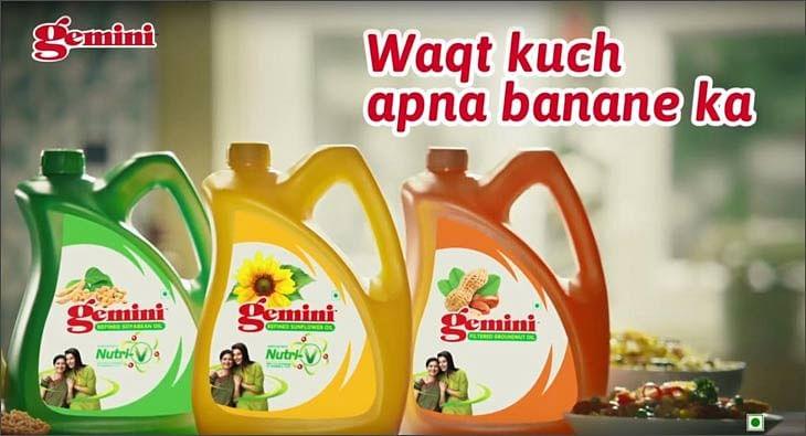 Waqt Kuch Apna Banane Ka?blur=25