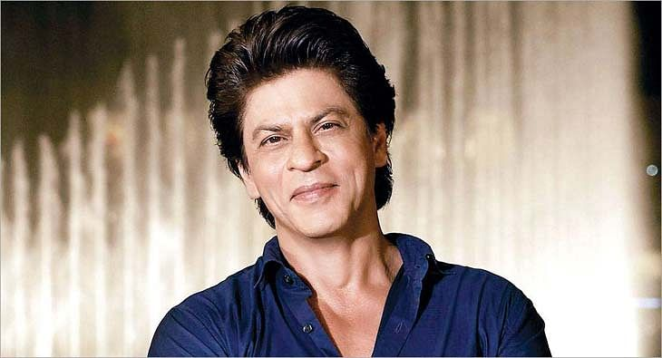 SRK?blur=25