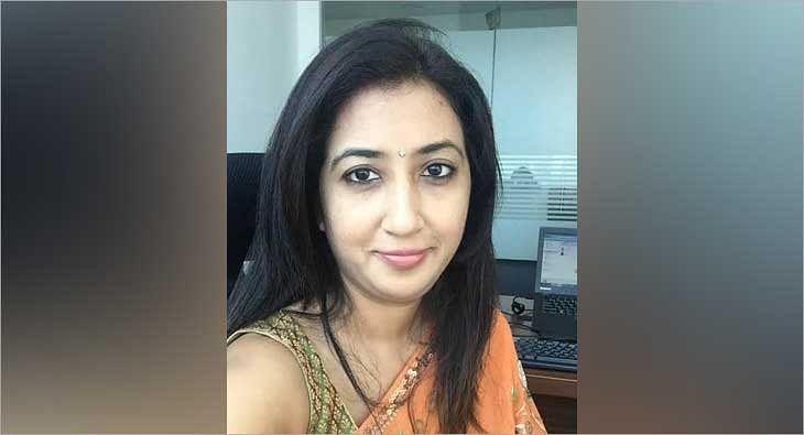 Pooja Garg Khan?blur=25