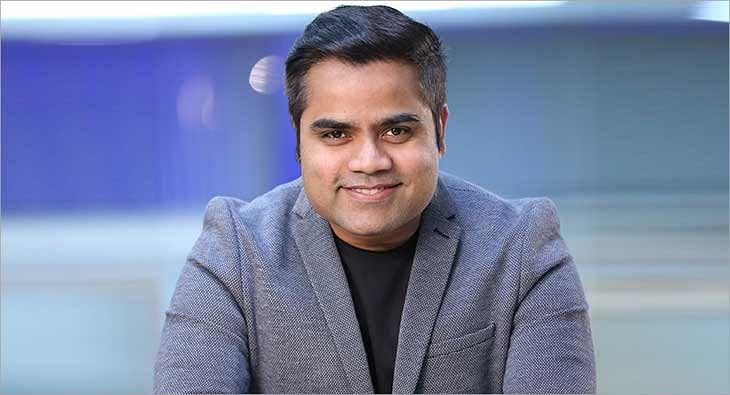 Varun Jha?blur=25