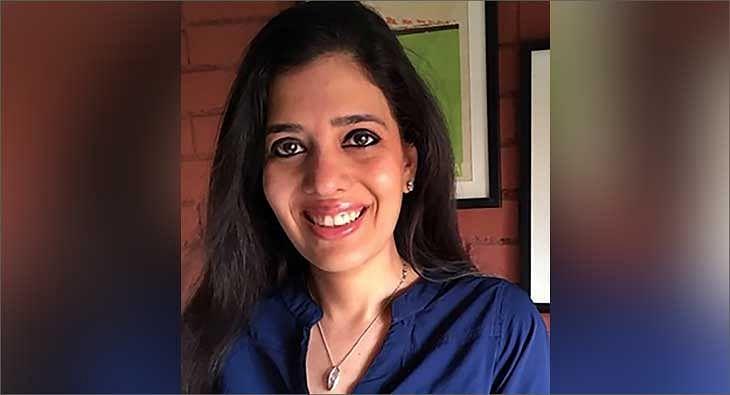 Sonali Khanna?blur=25
