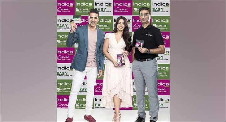 Akshay Kumar and Ileana D'Cruz for Indica?blur=25