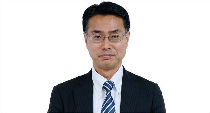 Atsushi Ogata?blur=25