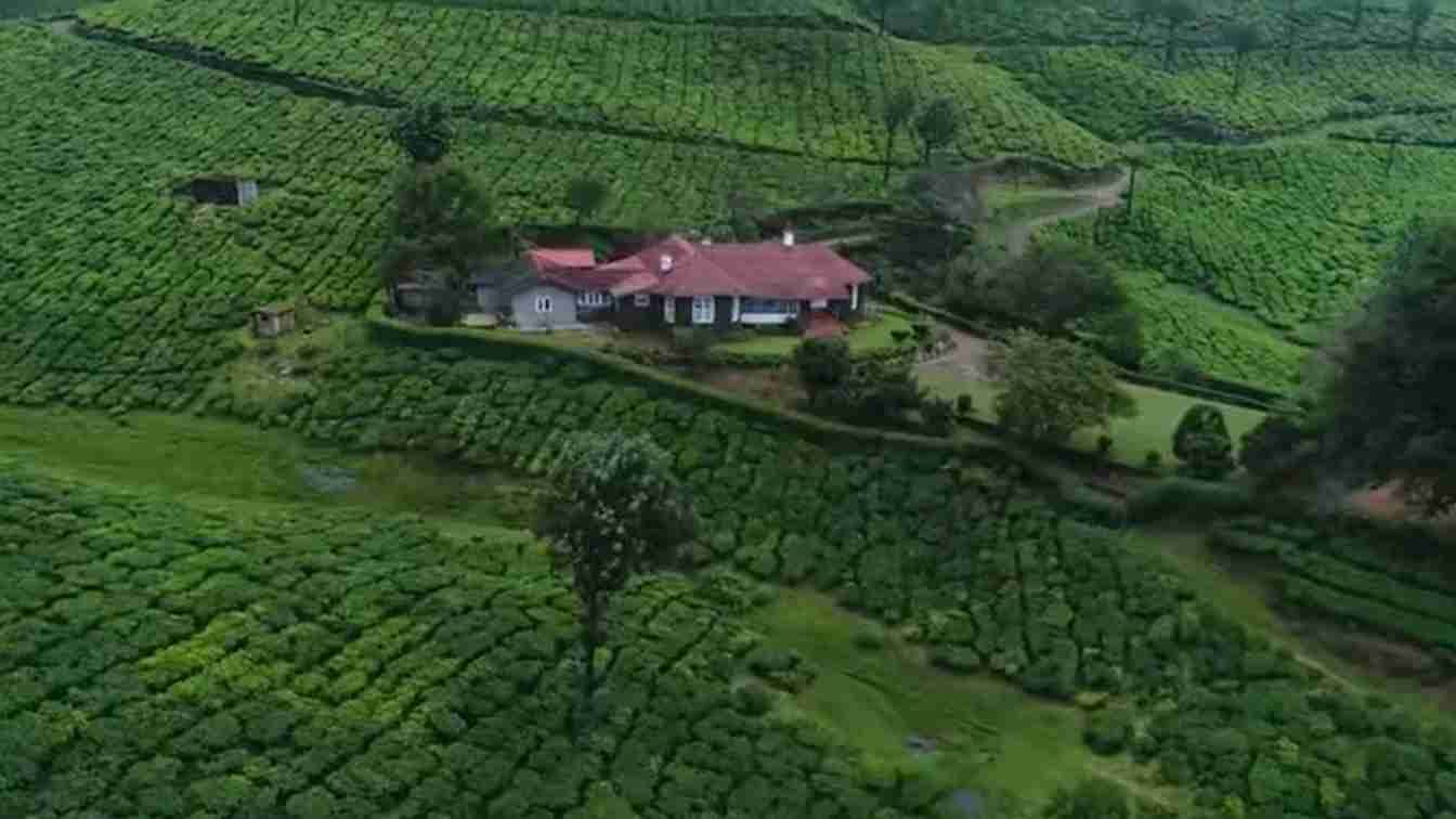 Kerala Tourism?blur=25