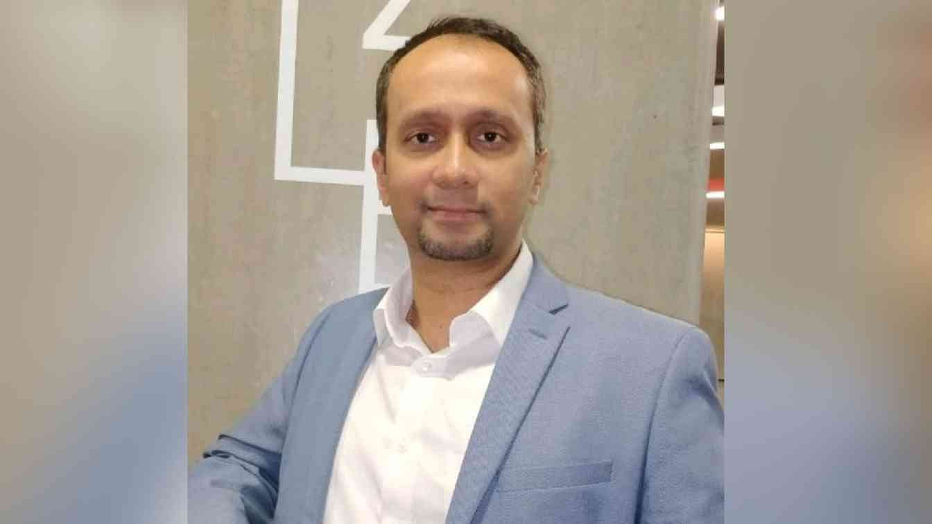 Ashok Cherian?blur=25