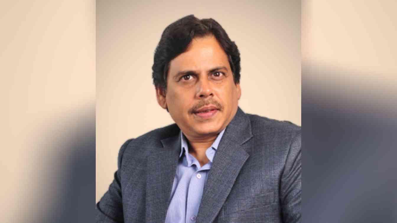 Raj Gupta?blur=25