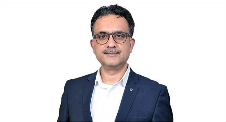 Arun Narayan, Titan