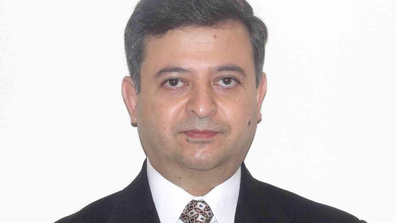 Sanjeev Motwani?blur=25
