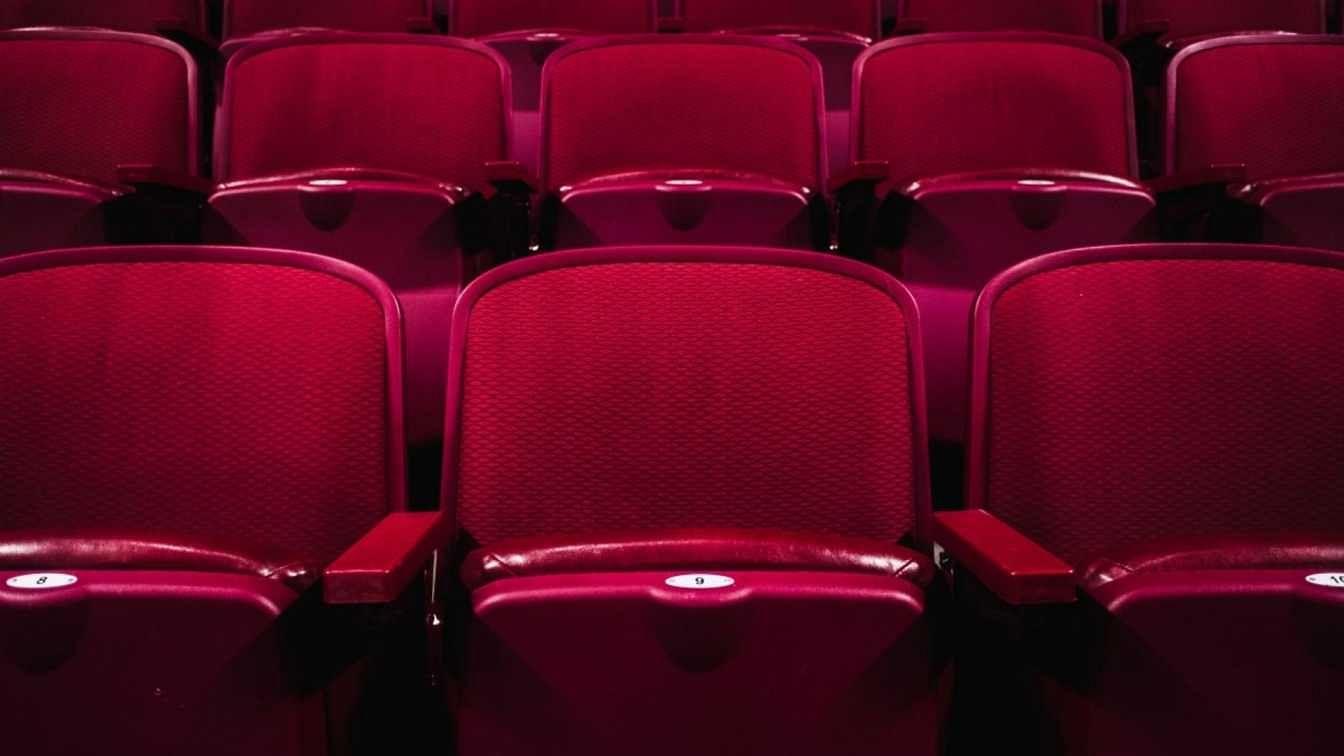 theatre?blur=25