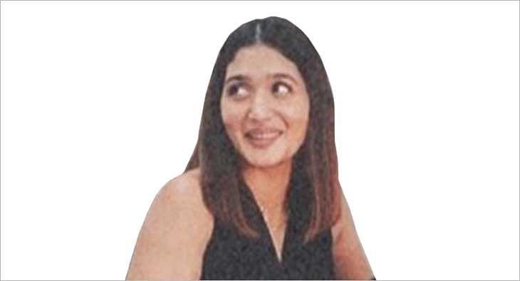 roopasharma?blur=25