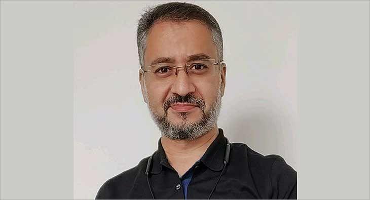 Avinash Kaul?blur=25
