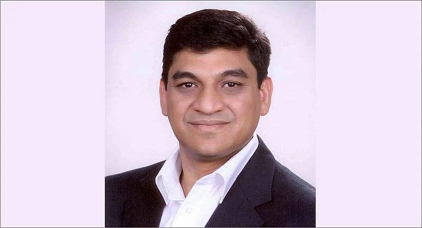 Rohit Gupta?blur=25