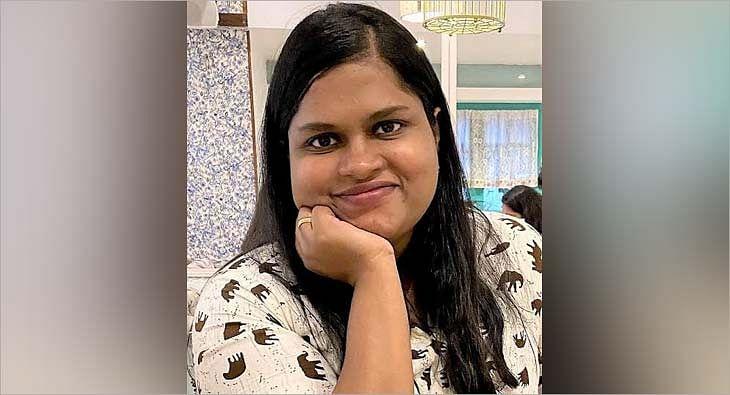 Deepti Karthik?blur=25