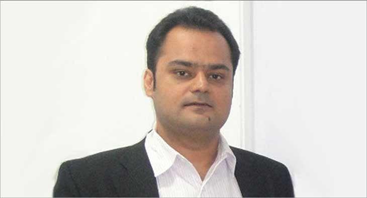 Shubhranshu Singh?blur=25