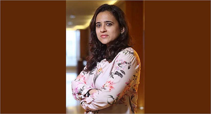 Priyanka Mehra?blur=25
