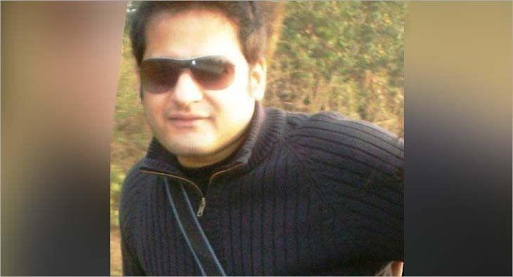 Prashant Sharda?blur=25