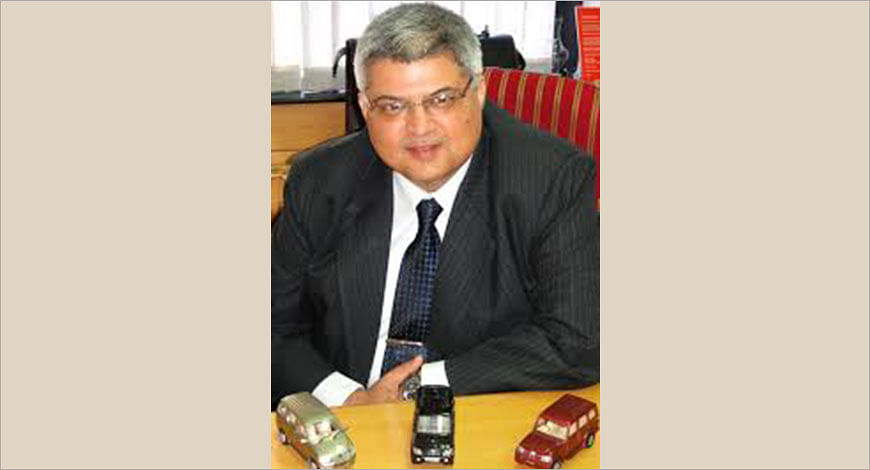 Vivek Nayar Mahindra?blur=25