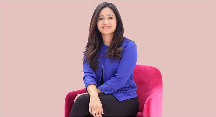 Nadia Chauhan?blur=25