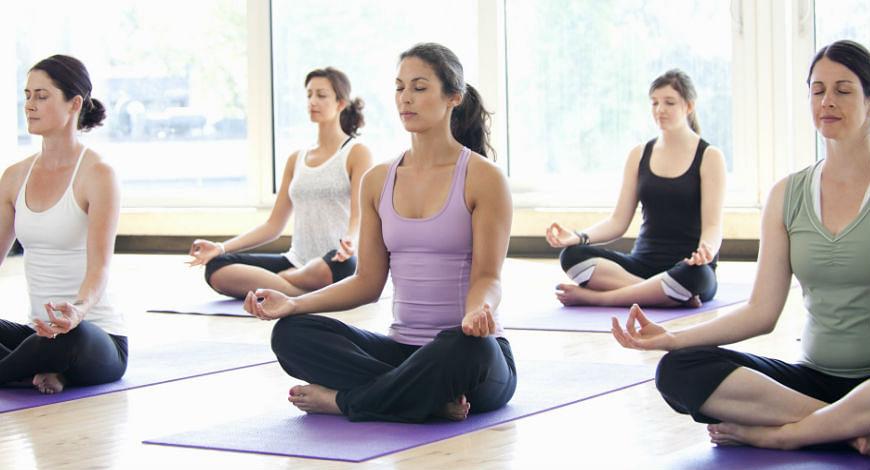 Yoga?blur=25